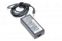 16VDC 4,5A 72W ulostulo, 100-240VAC 1,5-0,9A sisääntulo IBM 93P5014 hakkurivirtalähde, 5,5x2,1-2,5mm DC plugi